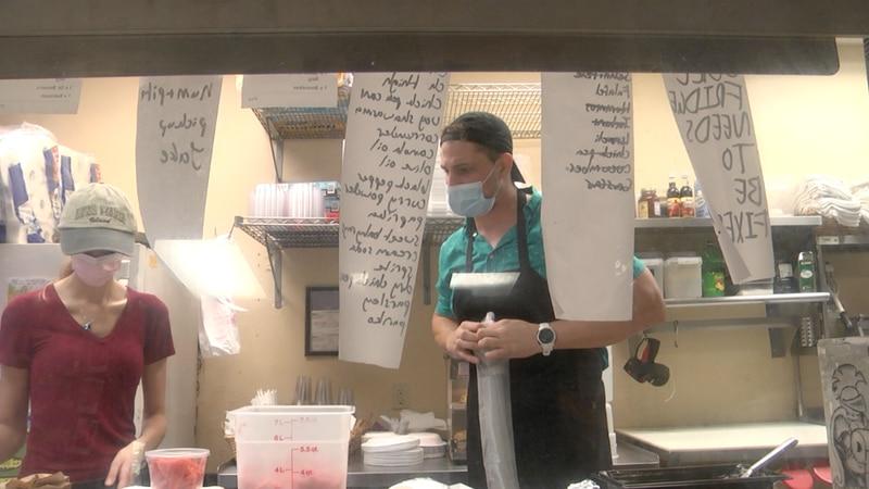 Gainesville restaurant no longer accepting tips