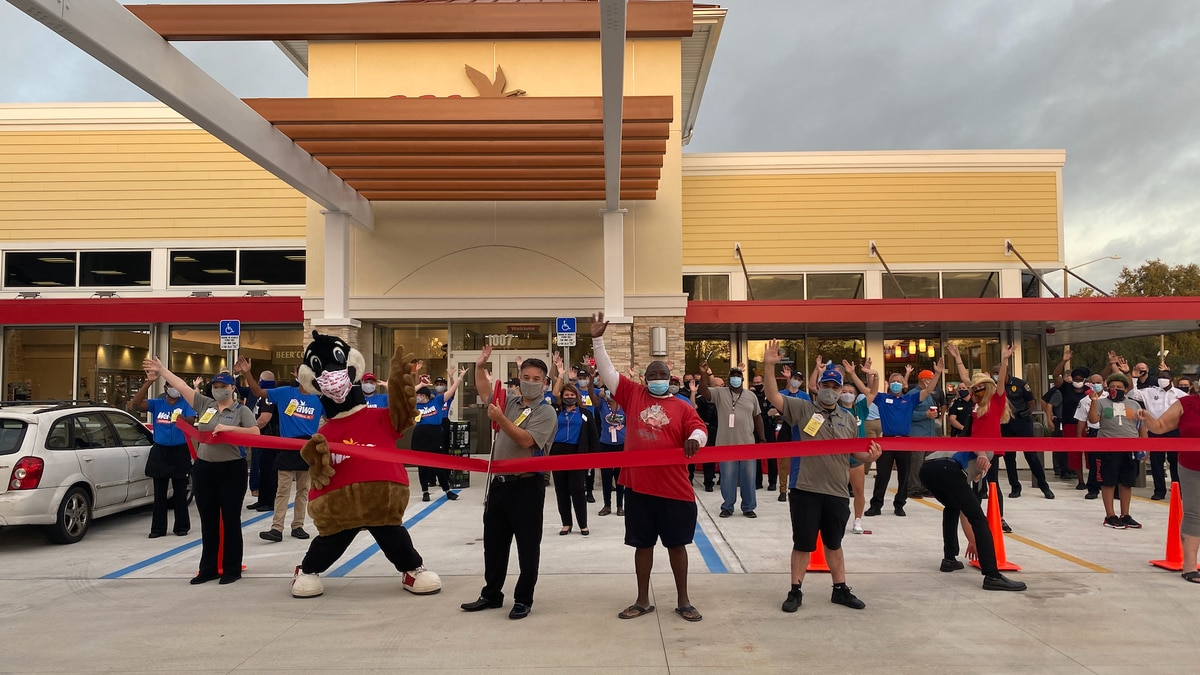 Gainesville Fire Rescue and Police Department recognized at Wawa grand opening