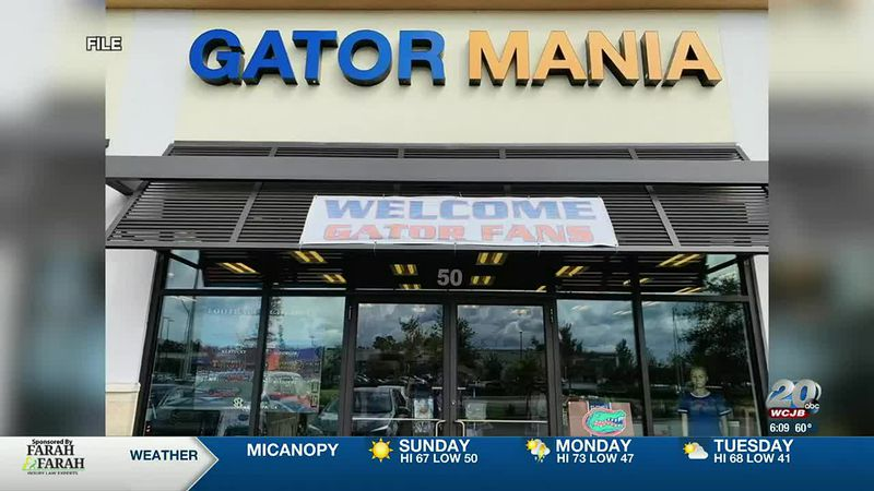 Gator Mania auctioning merchandise