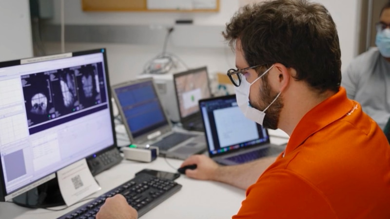 One team is using AI to detect early signs of Alzheimers.