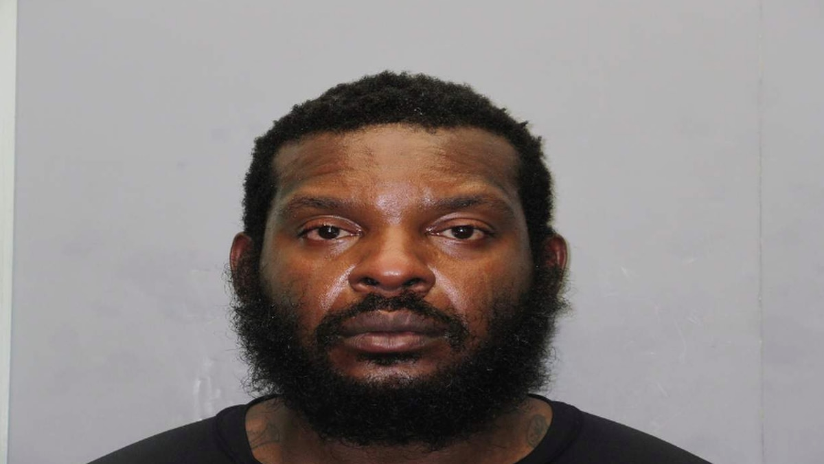 South Florida Man exposes himself at gift shop after being asked to put on face mask...