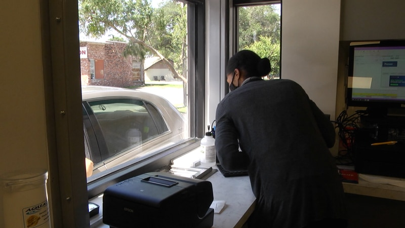 The Heart of Florida Health Center officially opened it's drive-thru pharmacy Monday.
