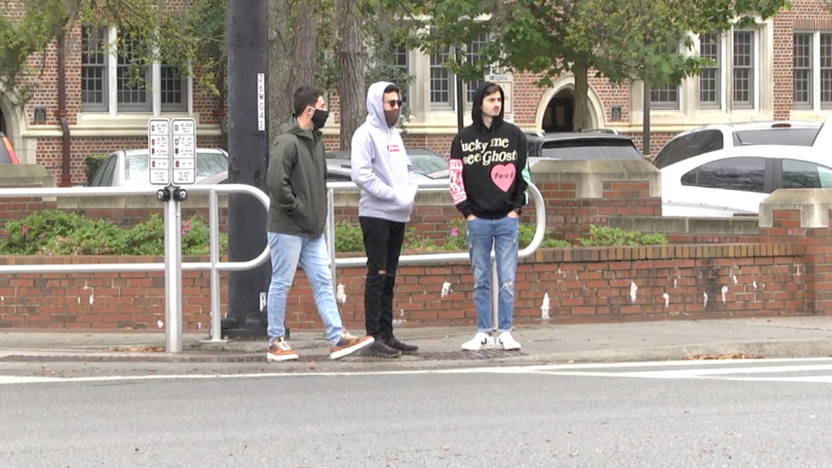 UF students react to pedestrian safety measures on University Ave