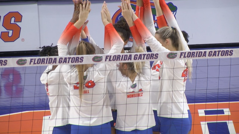 Florida Volleyball huddles up before the opening set against LSU Wednesday night.
